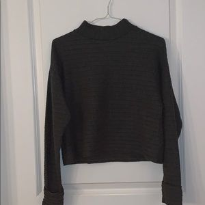 NWOT Lush Crop Sweater